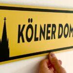 Kölner Dom Wegweiser